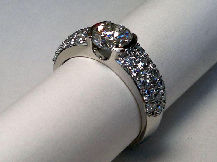 Platinum diamond ring - Made at Goldsmiths