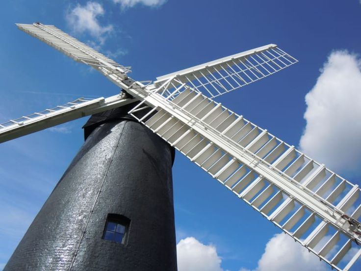 Not to be confused with the pub of the same name, Brixton Windmill is an actual windmill located in the middle of Blenheim Gardens.Built in 1816, the windmill was leased to the Ashby family and ceased production in 1934 after the death of Joshua-John Ashby.It was opened to the public in 2011 after the Heritage Lottery Fund awarded a grant to Lambeth Council for restoration.