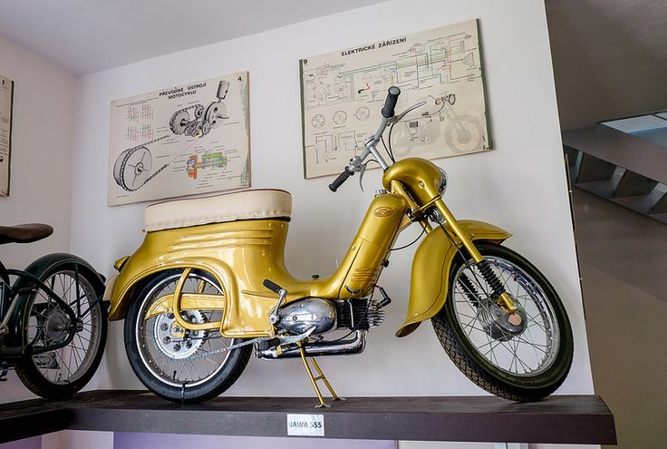 Jawa 555 Golden | by The Adventurous Eye