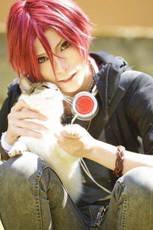Rin - Free! http://worldcosplay.net/member/xxxhitonarixxx (OMG LOVE! ❤️❤️❤️)