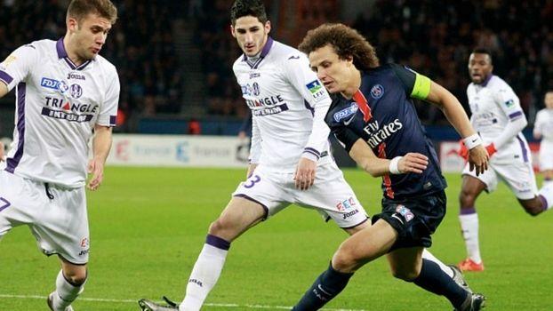 Até o início deste fim de semana, o Paris Saint-Germain travava uma acirrada batalha com o Atlético de Madri para ver quem é dono da melhor defesa do futebol europeu. A derrota dos 'Colchoneros' pa...