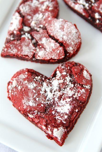 Red velvet crinkles, Red velvet crinkle cookies and Crinkle cookies on ...