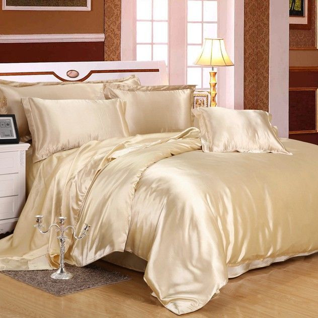 Champagne silk bedding set is made from the finest seamless Mulberry silk.
