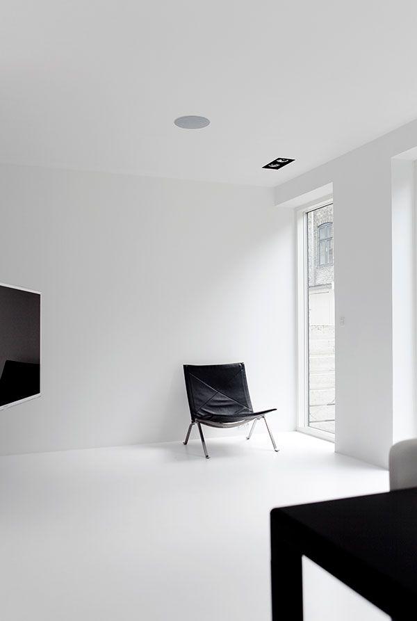 Copenhagen Townhouse II #minimal #minimalistgigi | Minimalist GiGi // GiGi