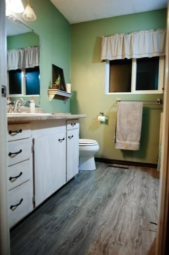 TrafficMASTER Allure Ultra 7.5 in. x 47.6 in. Vintage Oak Gray Resilient Vinyl Plank Flooring (19.8 sq. ft./case)-51715 at The Home Depot
