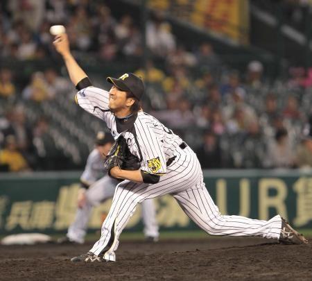 3者三振の好投を見せた阪神・藤川