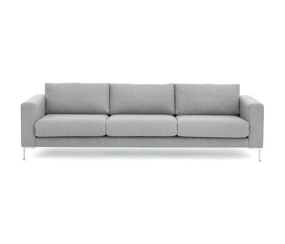 With its simplified and almost understated expression constitutes Passion a beautiful and stylish example of a modern sofa solution. Rauns love of a tight..