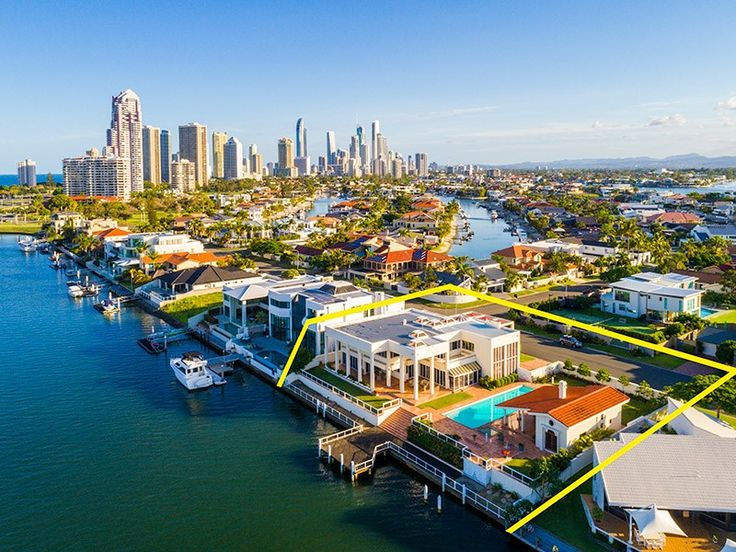 House for Sale Surfers paradise, QLD 79-81 Commodore Drive