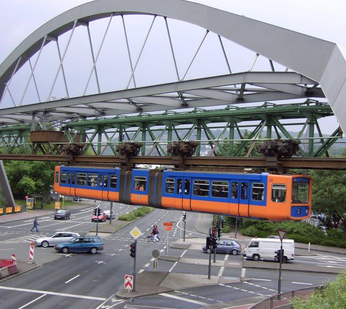 Schwebebahn ueber Strasse - Wuppertal Suspension Railway - Wikipedia, the free encyclopedia