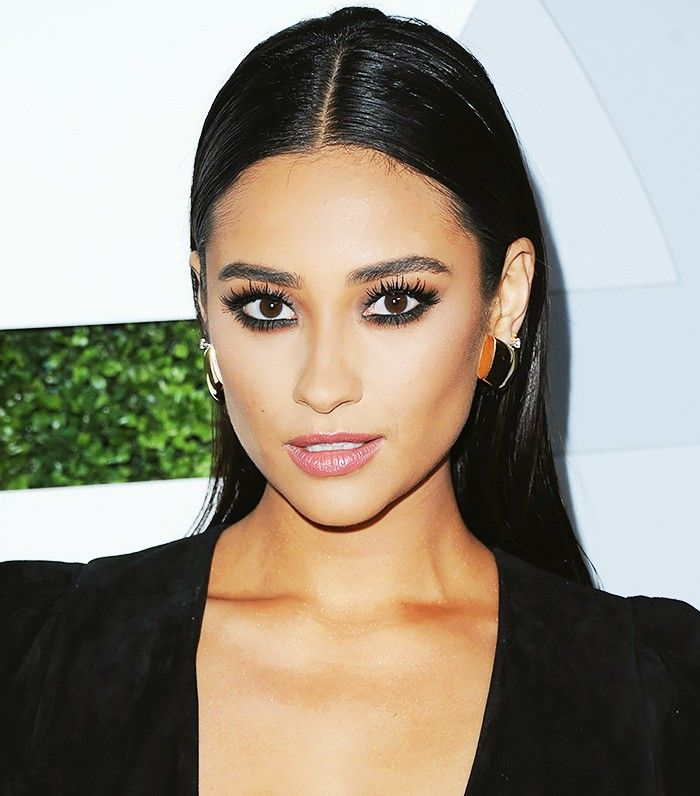 The 14 Best Shay Mitchell Beauty Moments Ever via @ByrdieBeauty