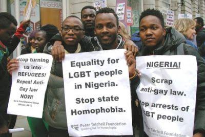Acusadas 53 personas en Nigeria por organizar un matrimonio gay. Se les acusa de conspiración, reunión ilegal y pertenencia a un grupo anti social. Desde 2014, una ley condena la convivencia entre personas del mismo sexo. France Presse | El Mundo, 2017-04-20 http://www.elmundo.es/sociedad/2017/04/20/58f8fa11468aeb87368b45ce.html