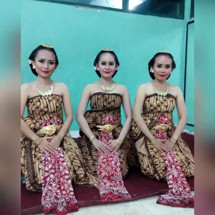 Mintari Astuti. Penari Tradisi. Solo. Indonesia.