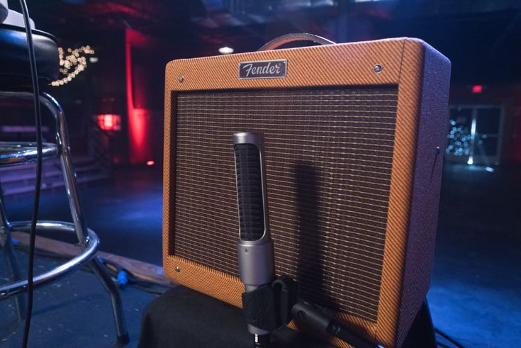 First #song you'd play through this 15-watt beauty?  For more info about Pro Junior IV LTD amp go to:  #MusicMonday