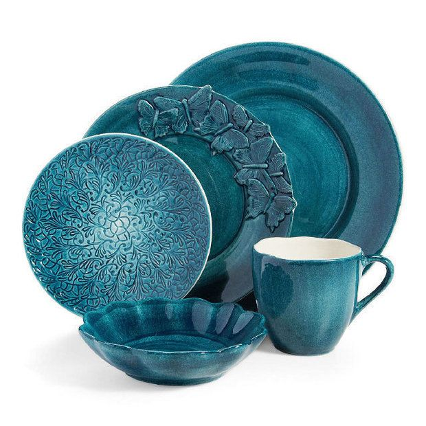 This Mateus Dinnerware is gorgeous. Just gorgeous.
