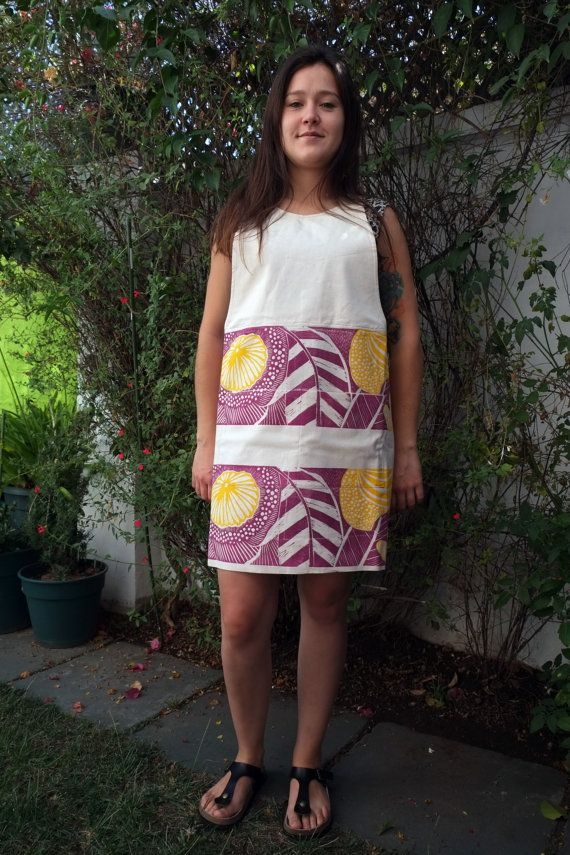 Crossed Back Apron in Raw 100% Cotton with Magenta by LauraRosa