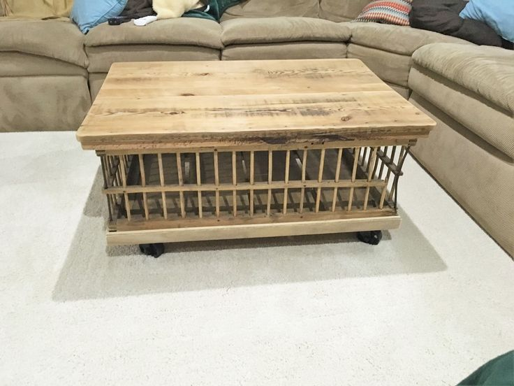 17 best images about chicken crate table on pinterest a for Wooden chicken crate plans