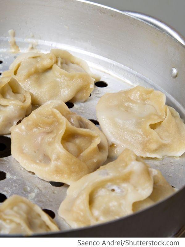 Gedämpfte russische Teigtaschen mit Fleisch Manti - Манты - Russische Rezepte