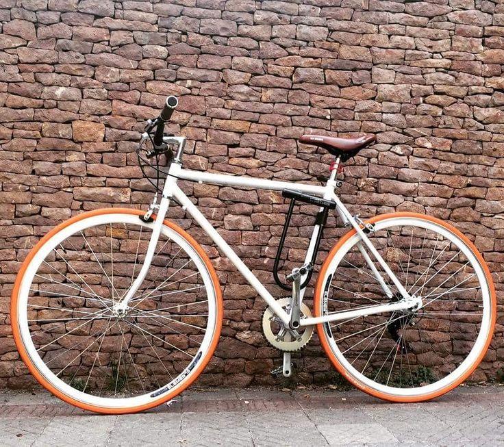 Nuestra última entrega #bicicleta urbana híbrida gentileza de Pedro Solís . Arma Tu Bici en www.armatubici.cl  #armatubici #armatubici_cl #bici #fixie #chile