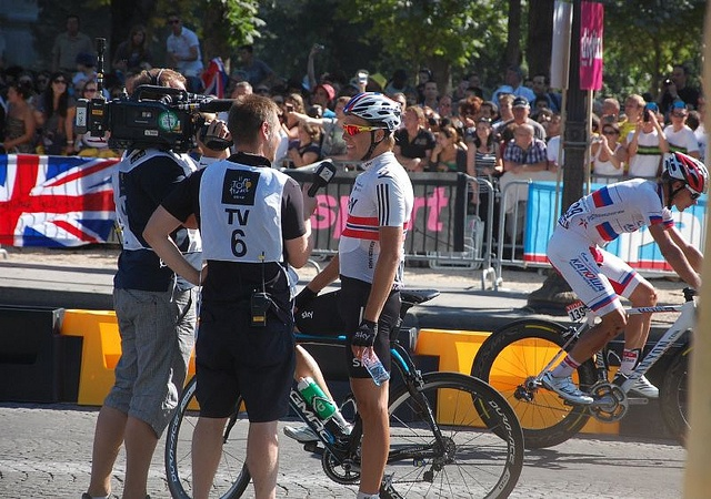 Edvald faces the camera by analogueandy, via Flickr
