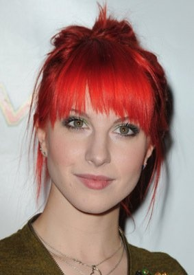 Hayley Williams- I love her hair!!!