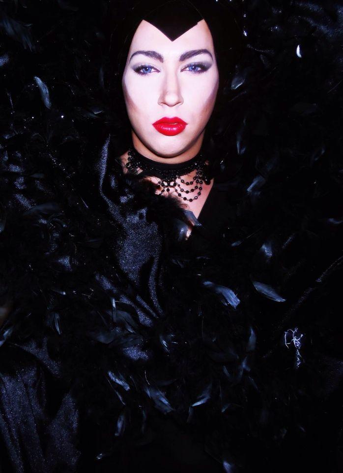 Make up queen of hearts caracterización