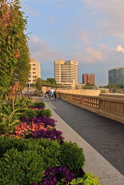 Scioto River Promenade, Columbus, Ohio
