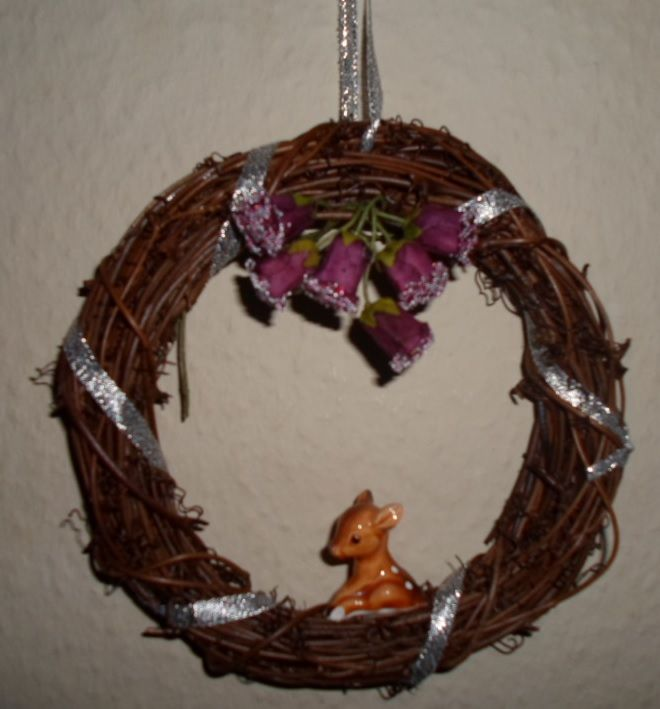 Different kind of Christmas wreath.
