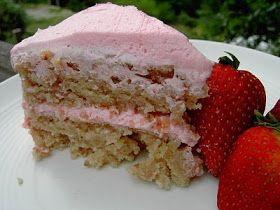 Vegan Thyme: Vegan Strawberry Cake with Yummy Pink Buttercream Frosting (The Cake Reckoning!)