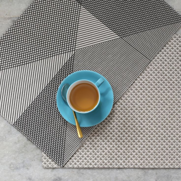 A stylish underlay for your dishes and Two looks in one item, change your look in one simple flip. #reversible #placemat