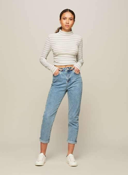 Petite mom blue jeans. PETITE MOM Acid Wash Jean Super old school, yet still so on trend. These acid wash mom jeans are super easy to style up or down. Pair with a slogan tee for an ultra cool/casual look. {affiliate link} #momjeans #jeans #womensfashion