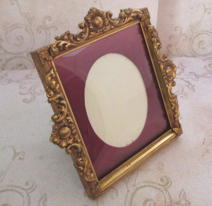 Bubble Glass Frame, 1950s, Vintage metal picture frame, Convex Glass Frame, gold picture frame, wedding photo frame, small photo frame - pinned by pin4etsy.com