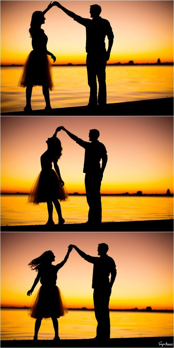 jacksonville engagement photos; san marco engagement photos; riverside engagement photos; engagement photos with dogs; tonya beaver photography; engagement sunset; engagement silhouette; st johns river; tutu engagement: