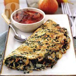 """Omelette de espinacas y """"claras"""" con salsa de tomate y hongos @ allrecipes.com.mx"""