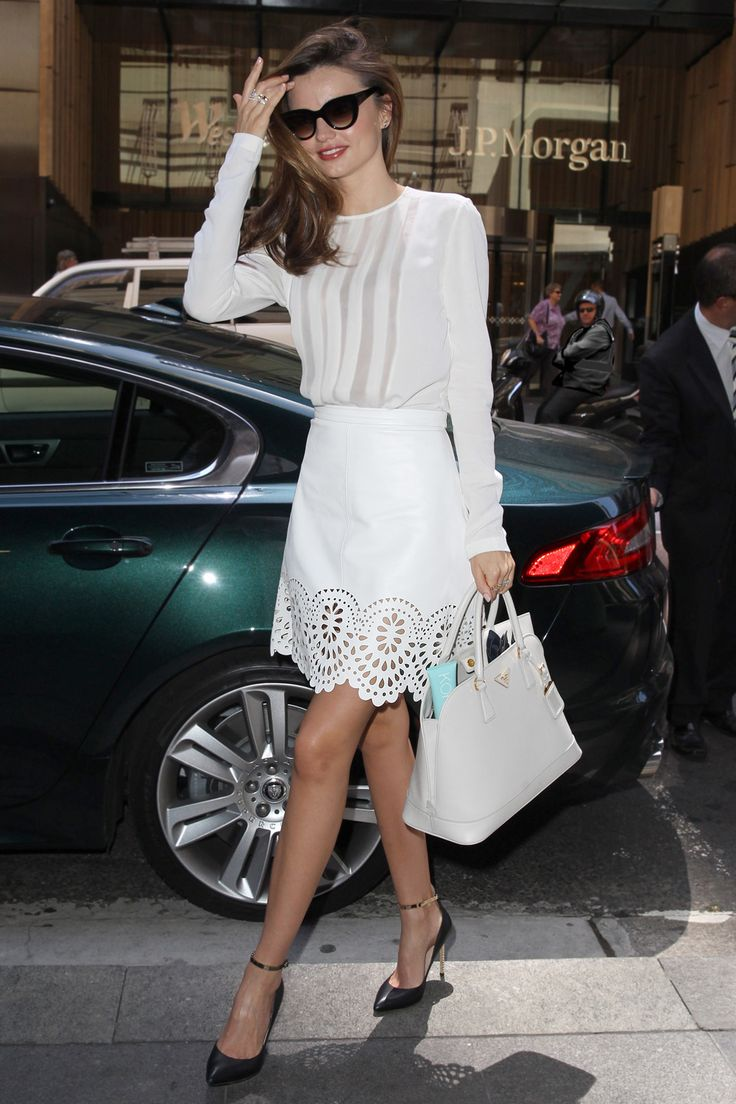 Miranda Kerr wears the 'Catherine' Leather Skirt.