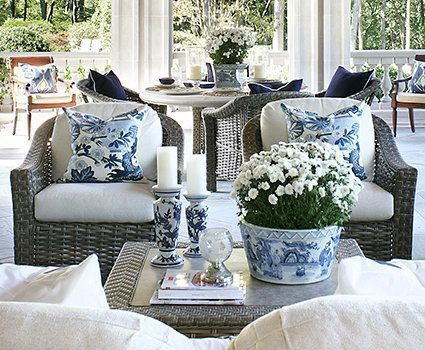 Love this blue and white flower filled planter!