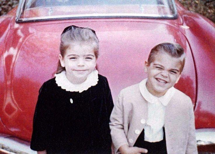 Маленький Джордж Клуни с сестрой. Харизма с детства :)