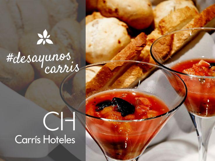Los mejores desayunos en #carrishoteles. Pan artesanal, tomate, aceite de oliva, zumos especiales...viva la dieta mediterránea! #breakfast #desayunos