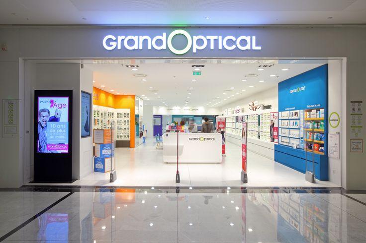L'arrivée des pure-players du web incite les opticiens traditionnels à réinventer le parcours client. Pour générer du trafic en magasin et réaffirmer son rôle de conseil, GrandVision France a fait appel au big data.