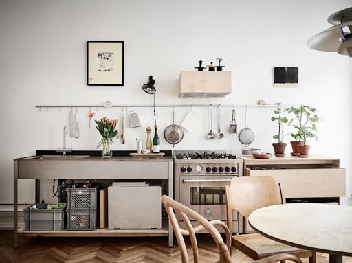 How to get the look: a minimalist plywood kitchen