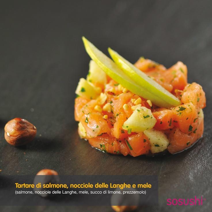 #Tartare di #salmone, #nocciole delle langhe e #mele.