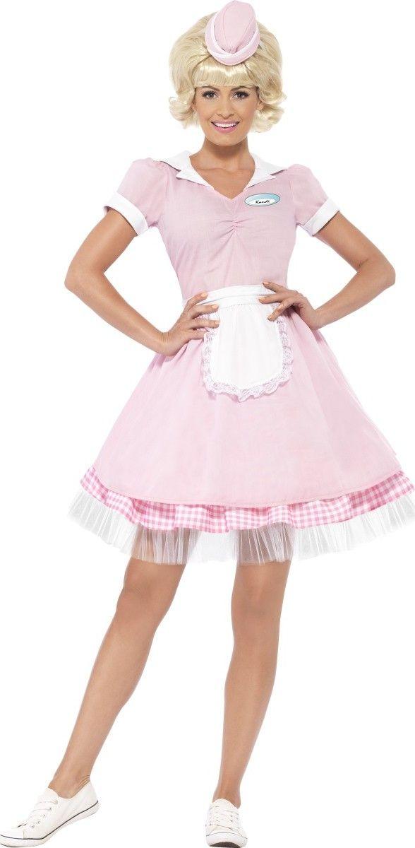 Disfraz camarera años 50 mujer: Este disfraz de camarera de los años 50 para mujer está formado por un mini sombrero y un vestido (peluca y zapatos no incluidos). El vestido es de manga corta de color rosa. El cuello...