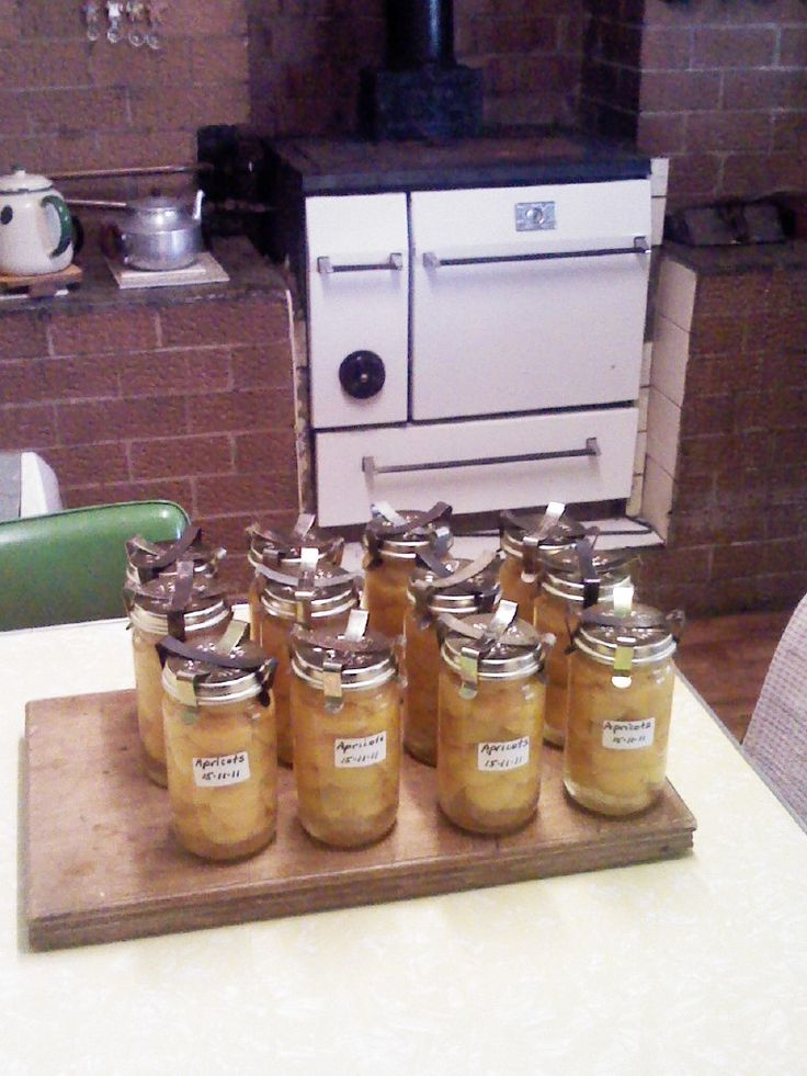 Apricots preserved in Fowlers Vacola bottles