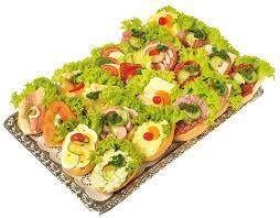 1000 ide tentang belegte br tchen di pinterest belegte for Resep canape sandwich