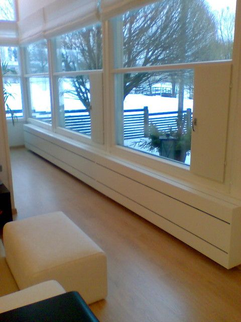 Radiator cover window bench