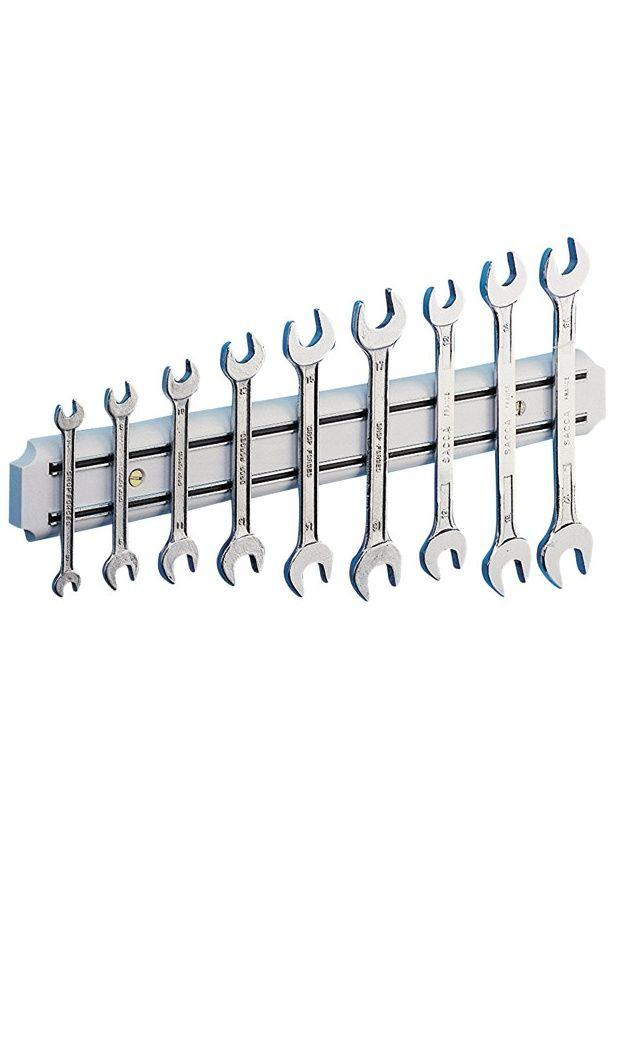 Astuce rangement - Barre magnétique pour les outils du garage
