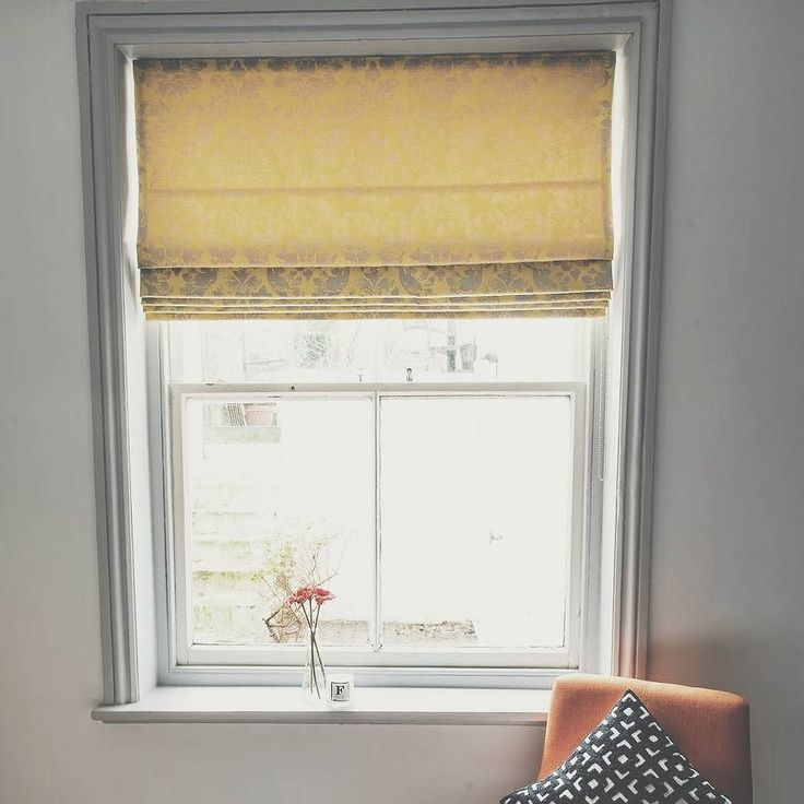 I'm selling our beautiful Olivia Bard Roman Blind 175 ovno (bought it 1 year ago for 450). It's 115cm wide with a 156cm drop. Email me if interested  hellofifimcgee@gmail.com  #selling #blind #housetohome #homerenovations #windowview #windowlovers #homerenovation