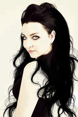 Stunning hair, mine is just like this, long & black ;-)