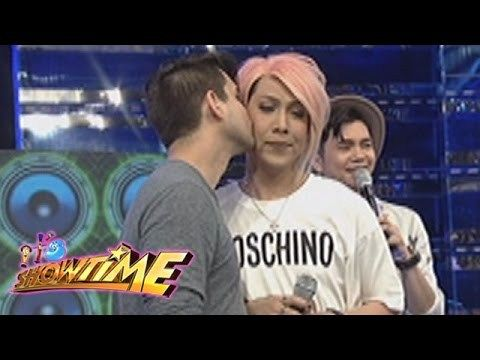 It's Showtime: Vice gets a kiss from a foreigner - WATCH VIDEO HERE -> http://philippinesonline.info/trending-video/its-showtime-vice-gets-a-kiss-from-a-foreigner/   Vice Ganda gets a kiss from a madlang people named Max. Subscribe to ABS-CBN Entertainment channel! –  Watch the full episodes of It's Showtime on TFC.TV   and on IWANT.TV for Philippine viewers, click:  Visit our official website!  Facebook:  Twitter:  Instagram:  Video credit to the...