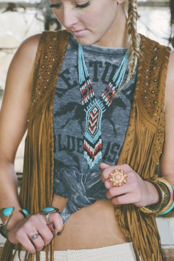 Styled Fashion Shoot Featuring Native American Jewelry by Jessie Holloway Photography | Two Bright Lights