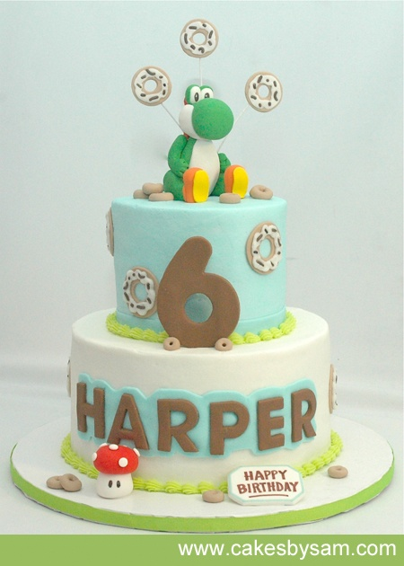 Yoshi cake - simple and clean. Love the softness of the colour.
